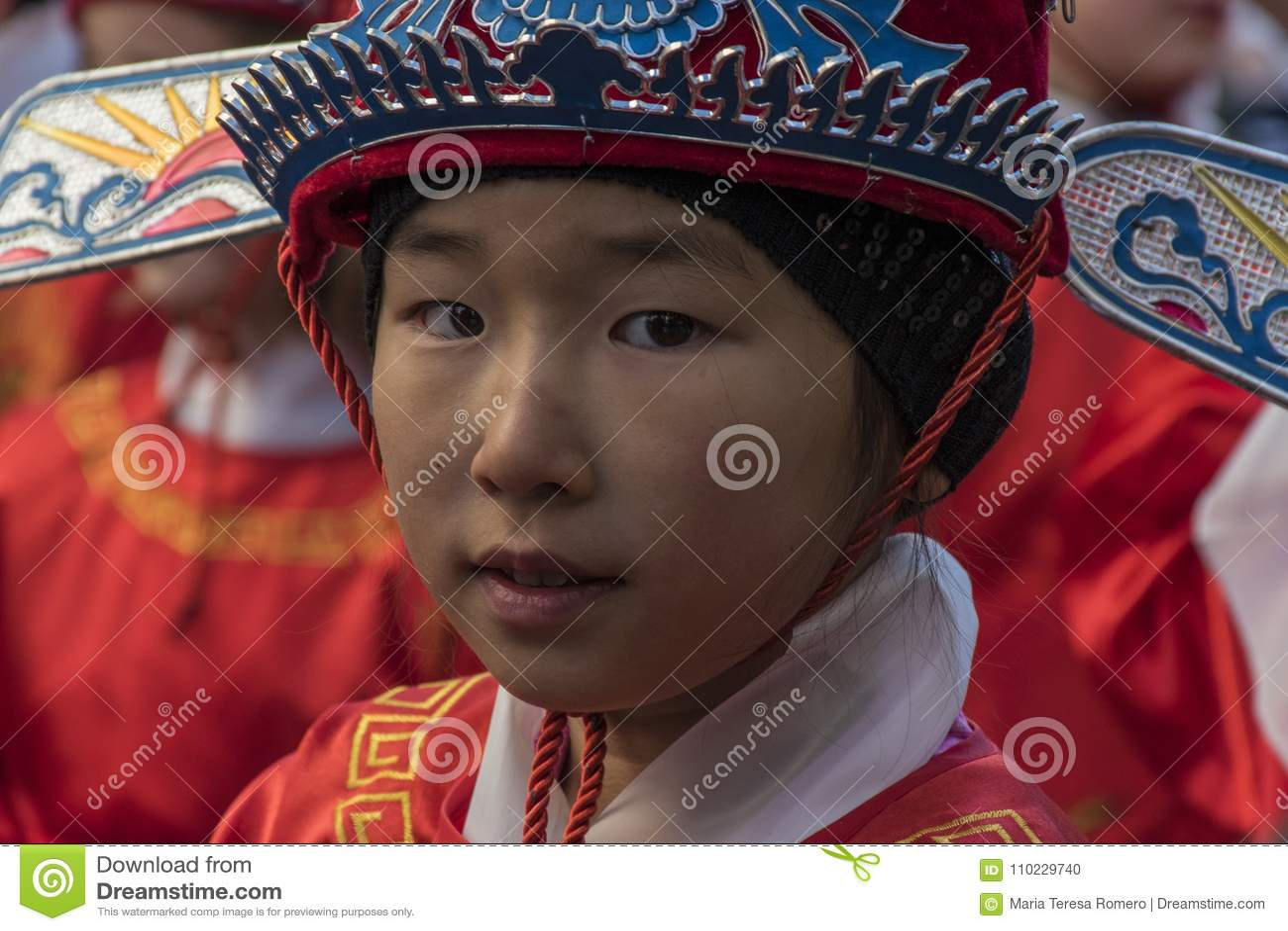 Парад торжества китайского Нового Года, года собаки