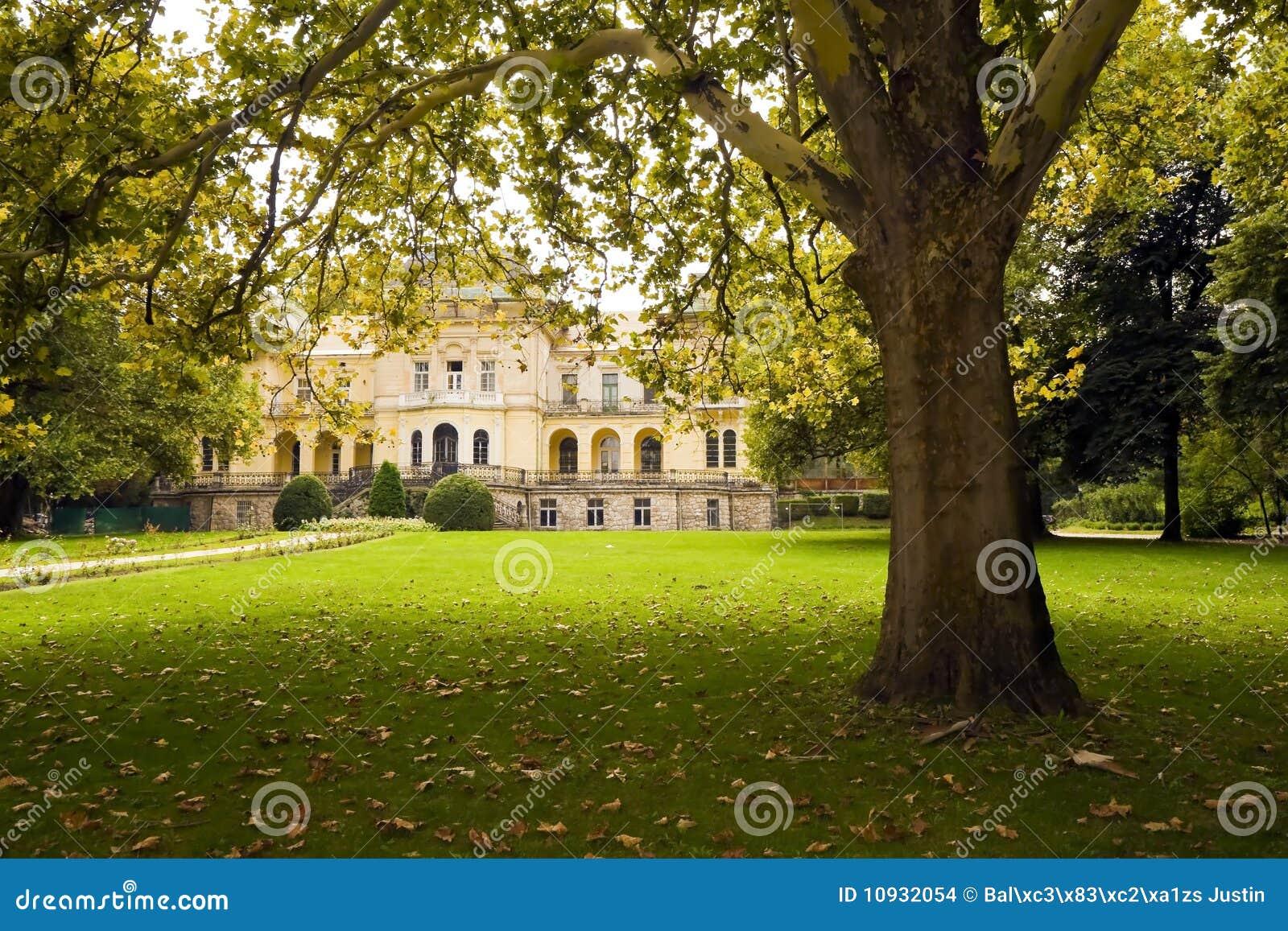 парк замока