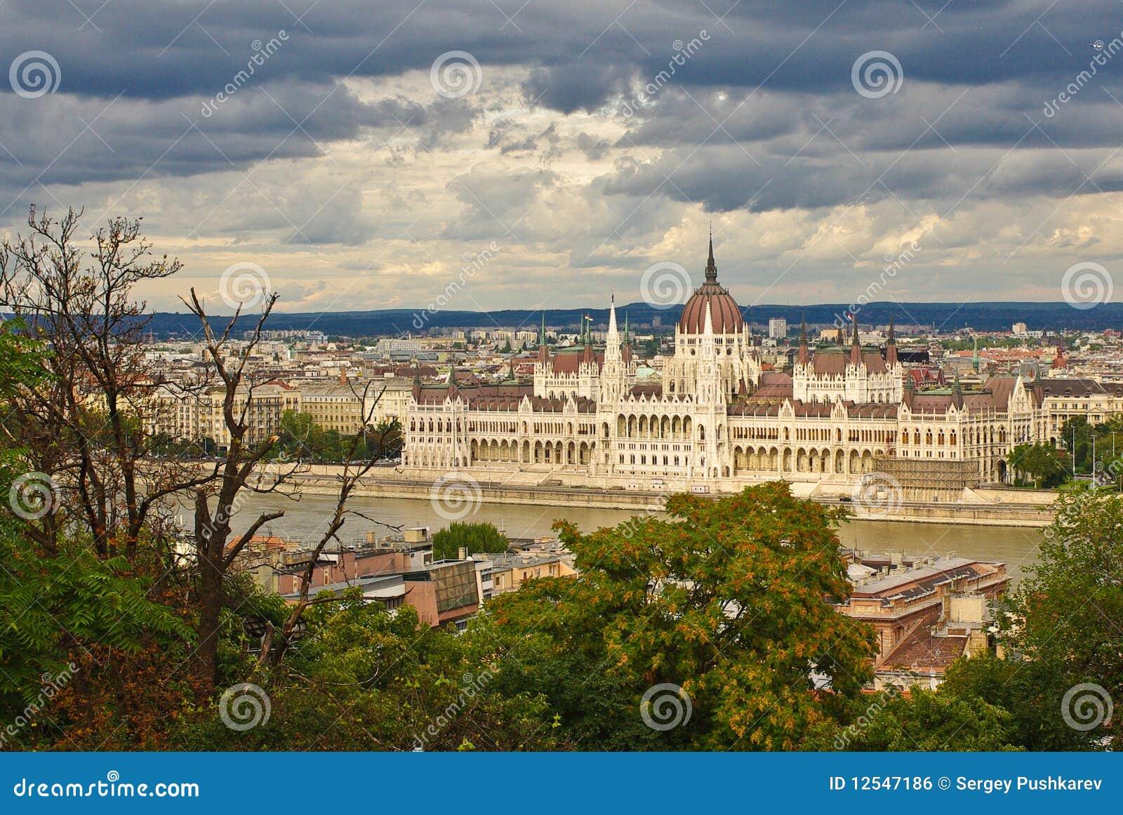 парламент здания budapest