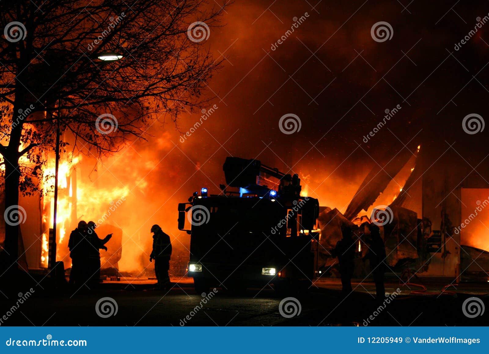 паровозные машинисты пожара бой