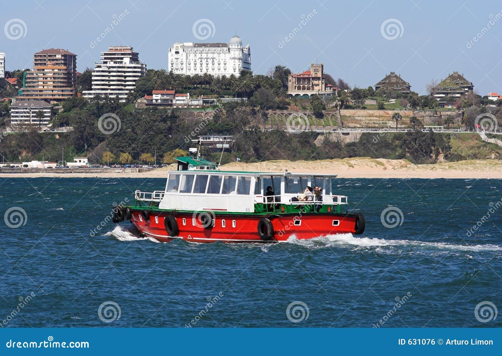 Download паром стоковое фото. изображение насчитывающей boated, лето - 631076