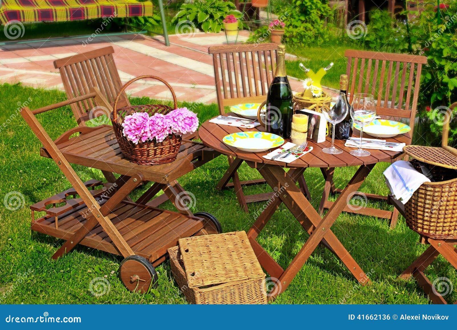 Партия лета или сцена пикника