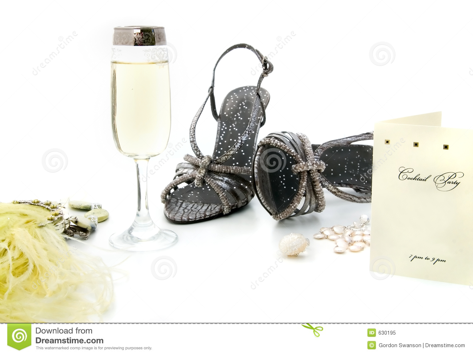 Download партия предметов первой необходимости Стоковое Изображение - изображение насчитывающей способ, украшения: 630195