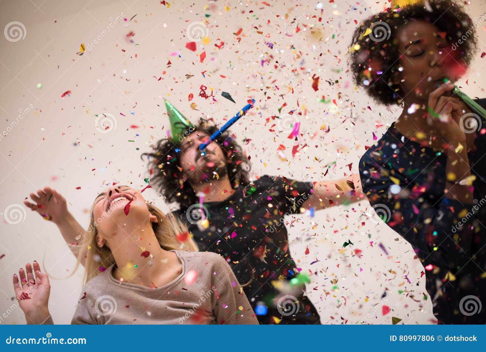 Партия Confetti