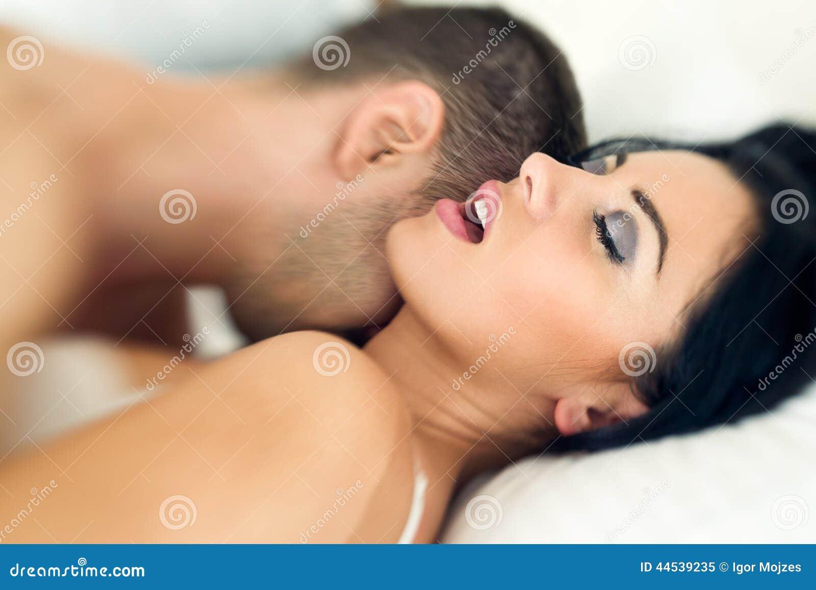 Страстный оргазм пары 6 фотография