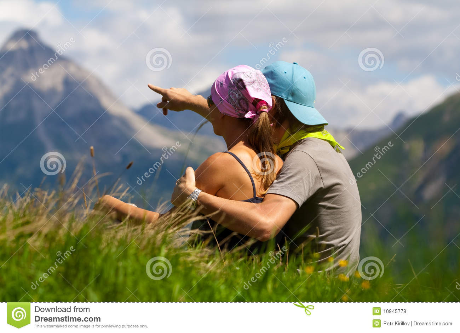 пары смотря горы