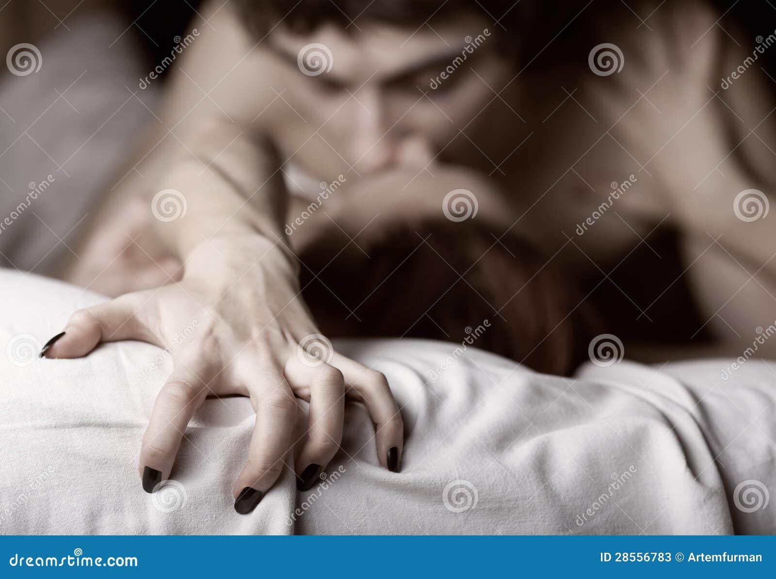 Страсть на кровати фото фото 156-44