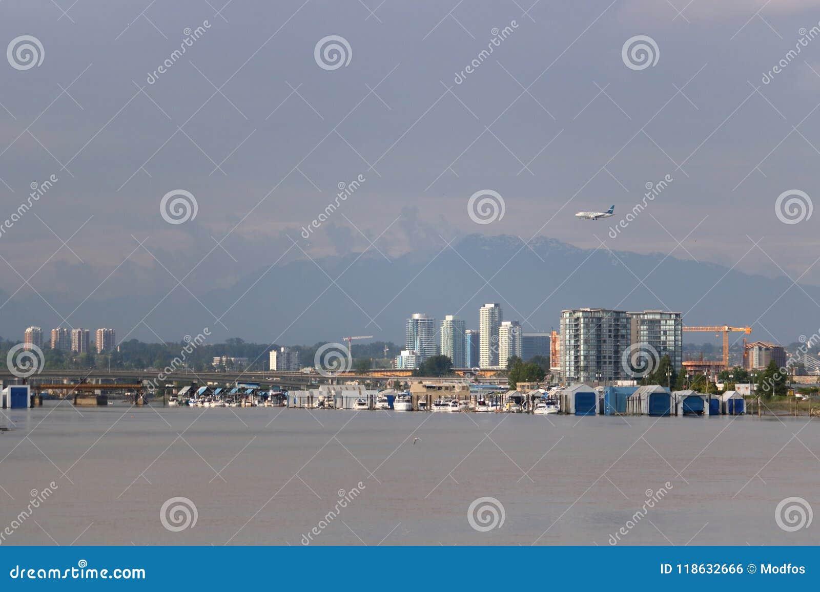 Пассажирский самолет Westjet и Ванкувер, Канада