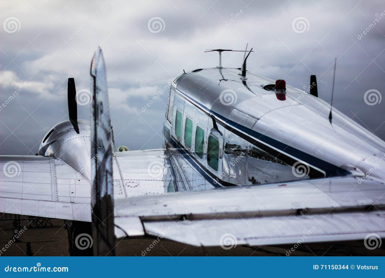 Пассажирский самолет Lockheed Electra