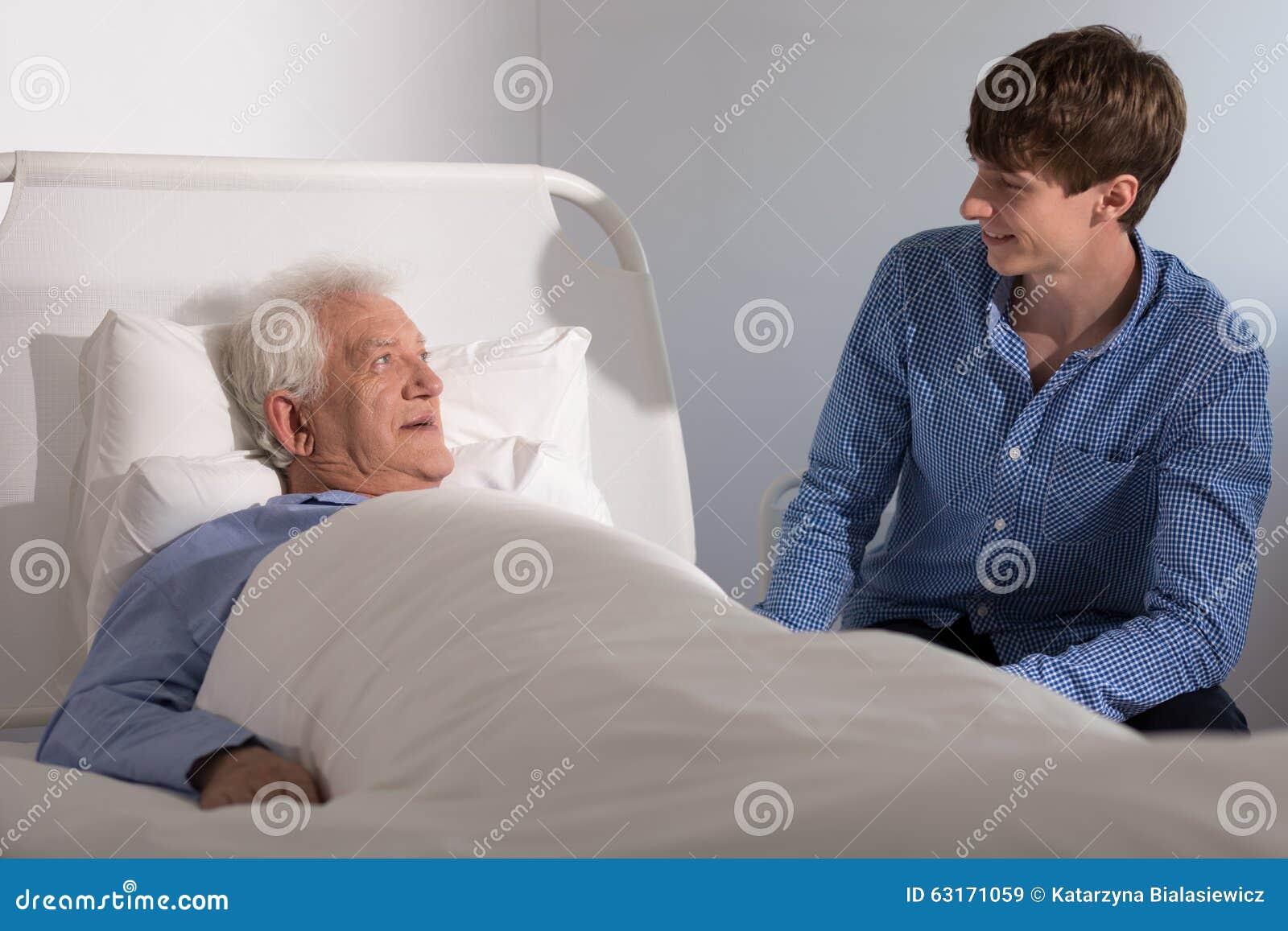 Пациент хосписа с попечителем