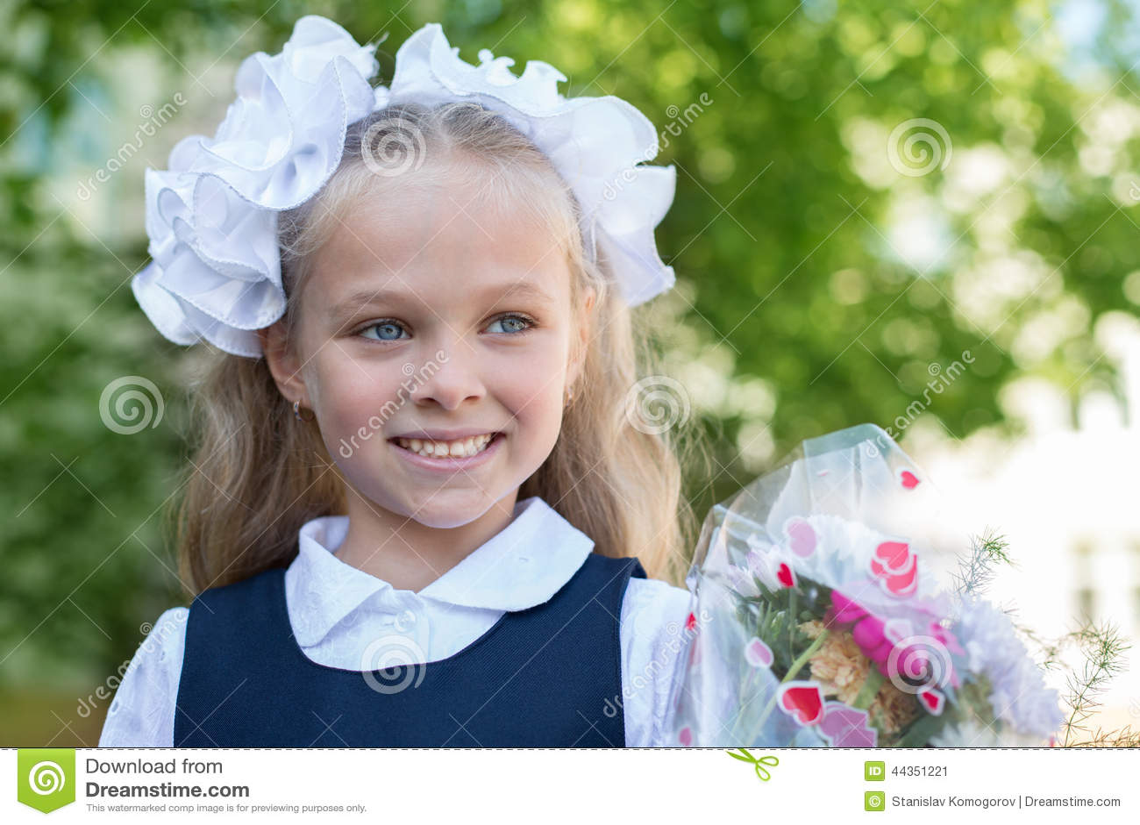 Прическа первый класс девочка