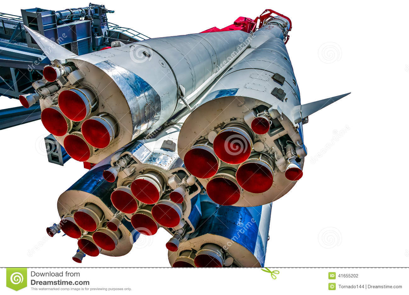 Первые стадии и сопла движения вперед корабля Vostok-1