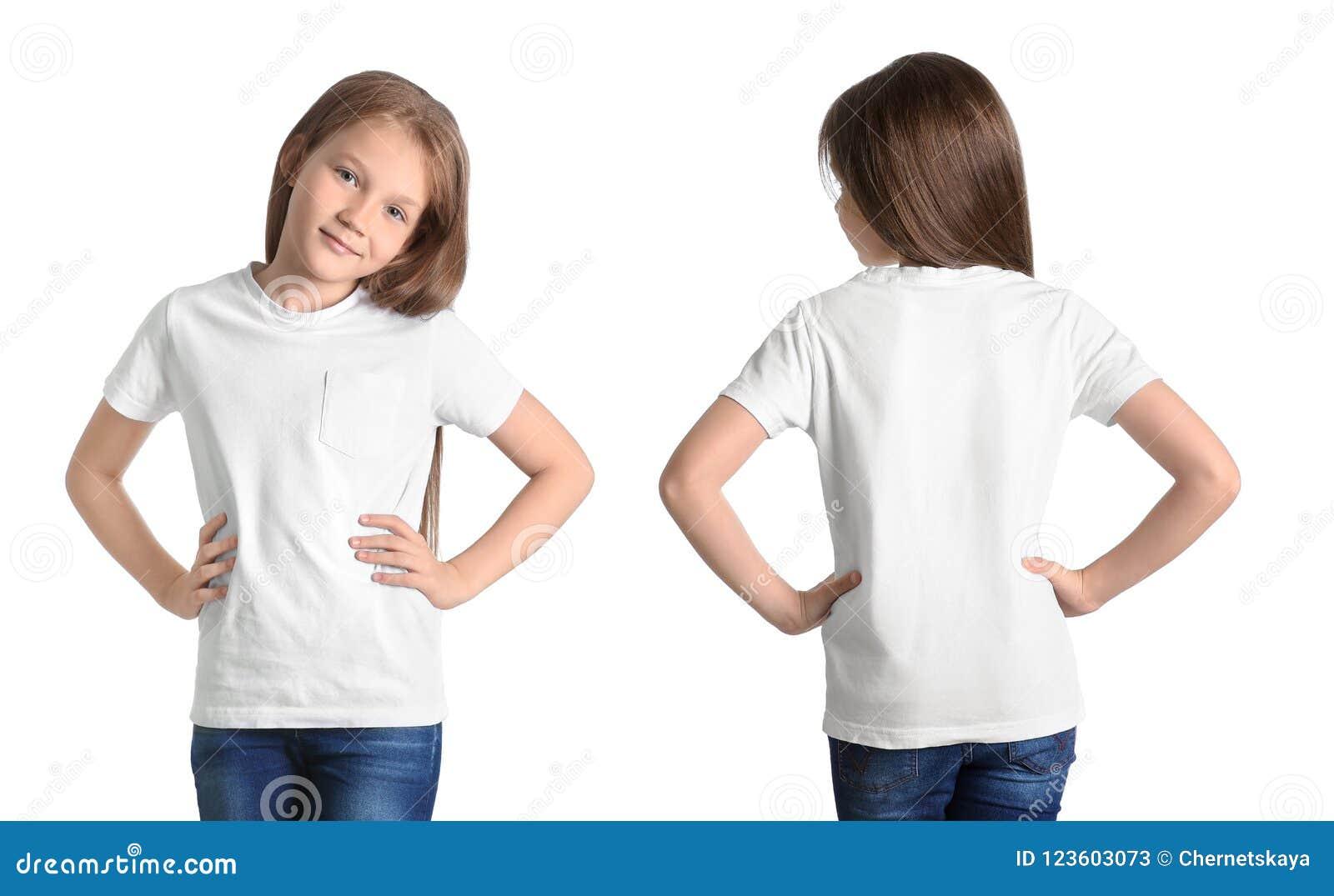 Передние и задние взгляды маленькой девочки в пустой футболке
