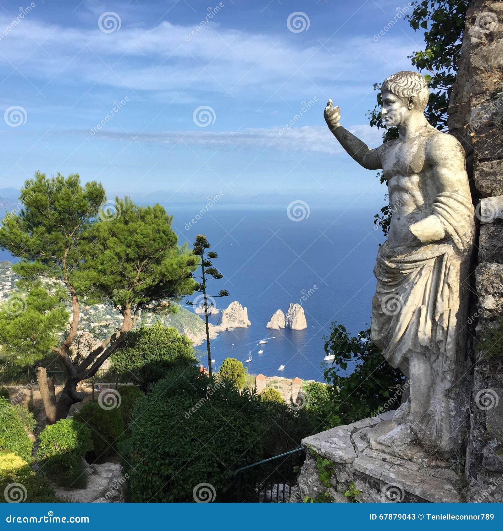 Перемещение Капри, Италия