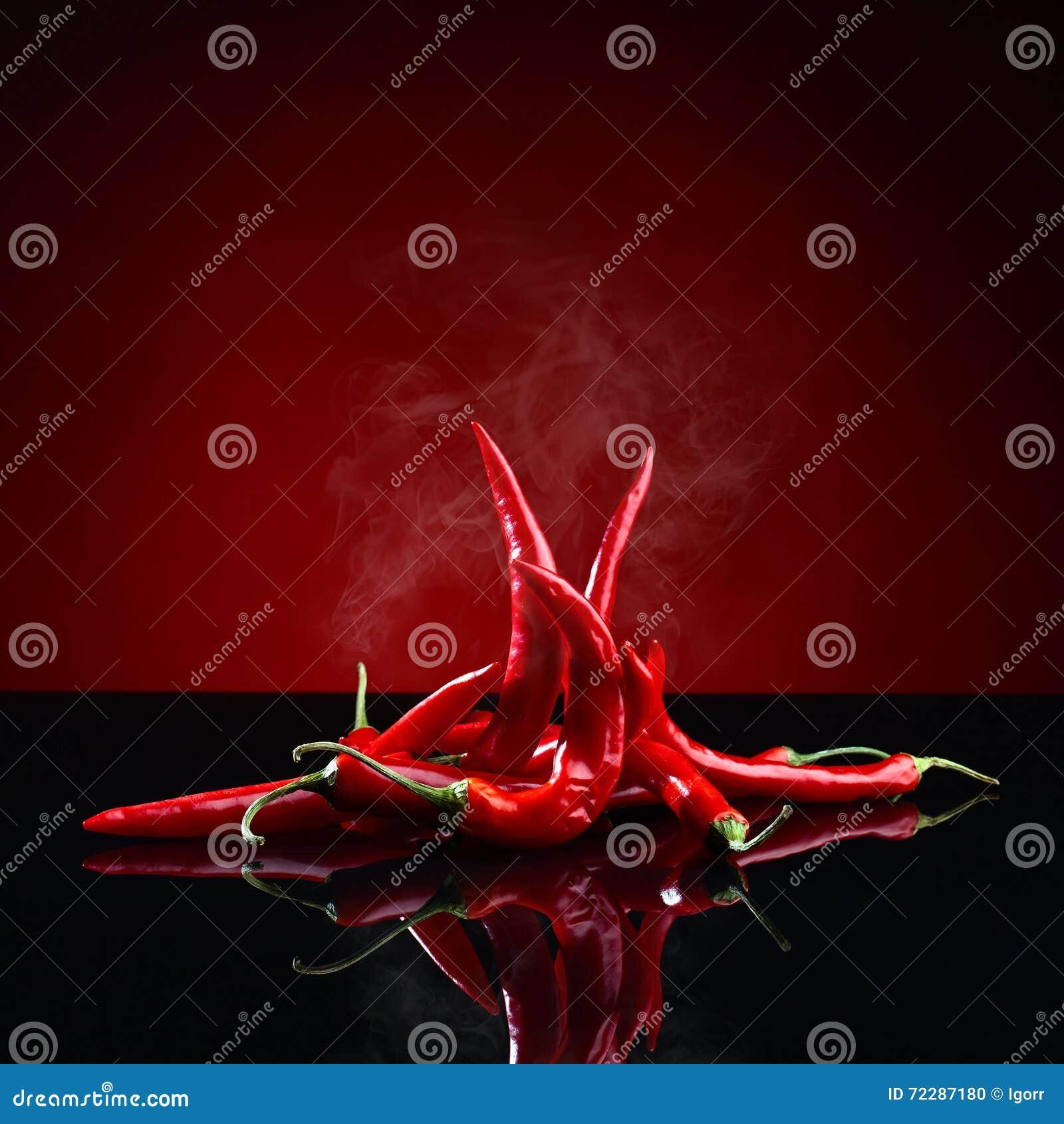 Download Перец красных чилей стоковое фото. изображение насчитывающей квадрат - 72287180