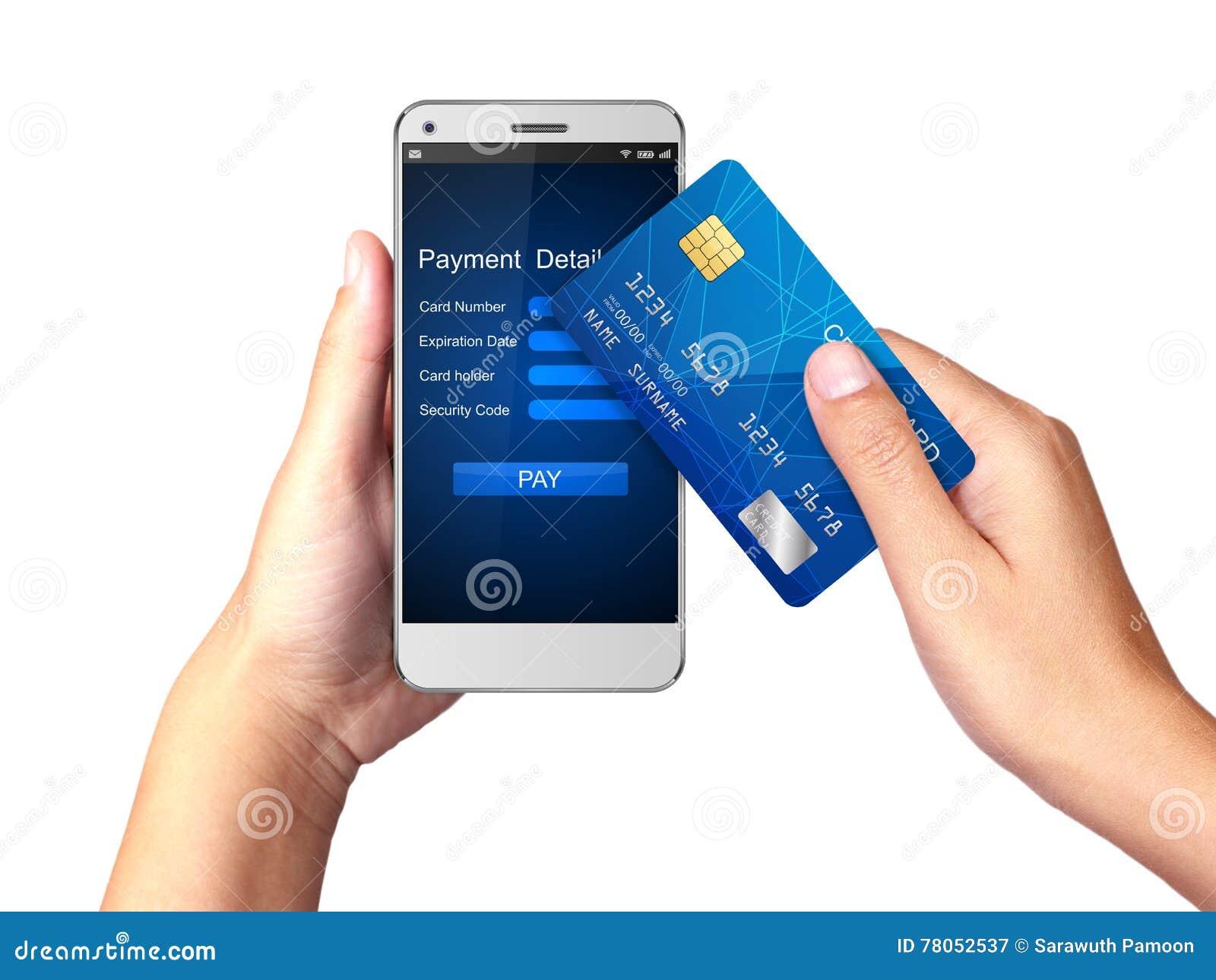Передвижная концепция оплаты, рука держа Smartphone с обрабатывать передвижных оплат от кредитной карточки