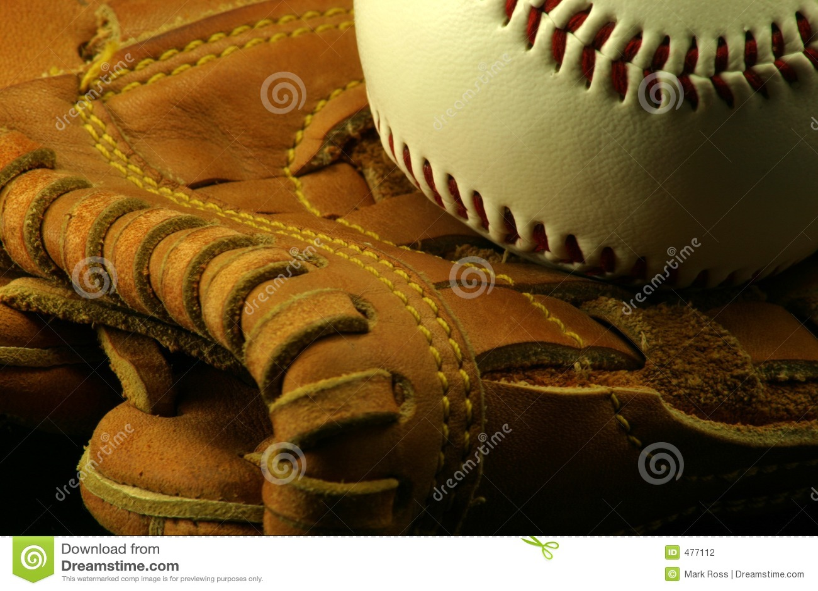 перчатка бейсбола