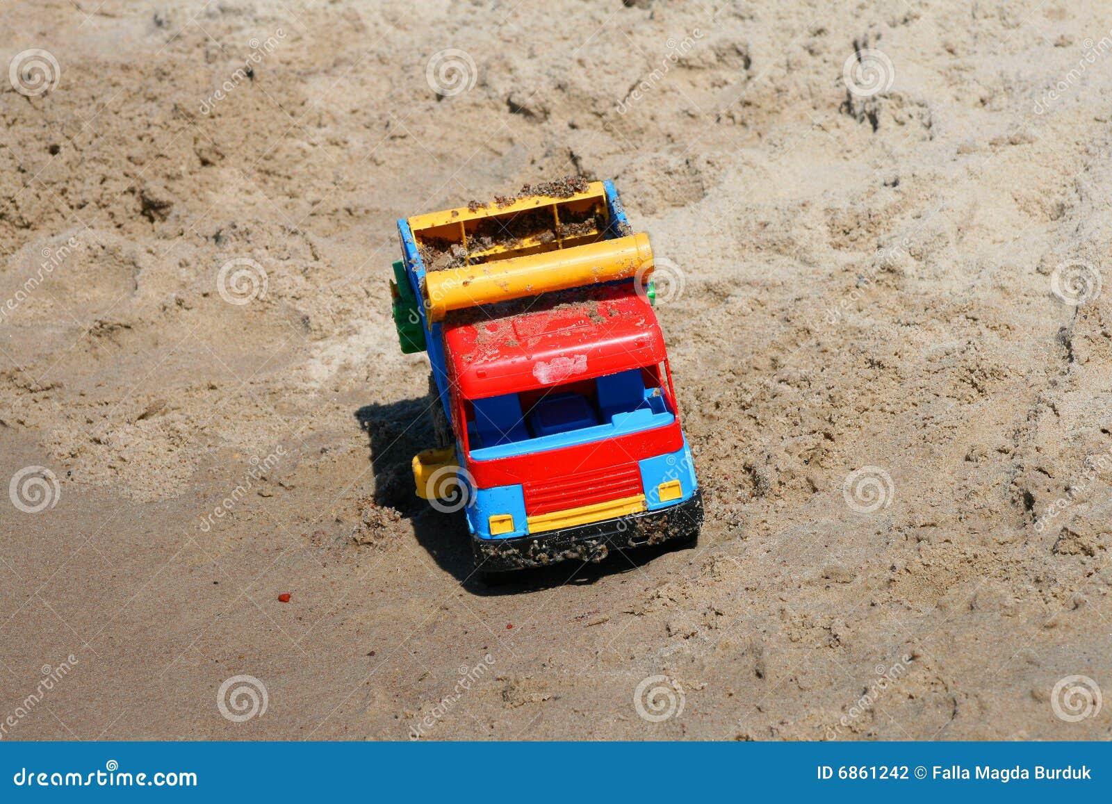 песок автомобиля