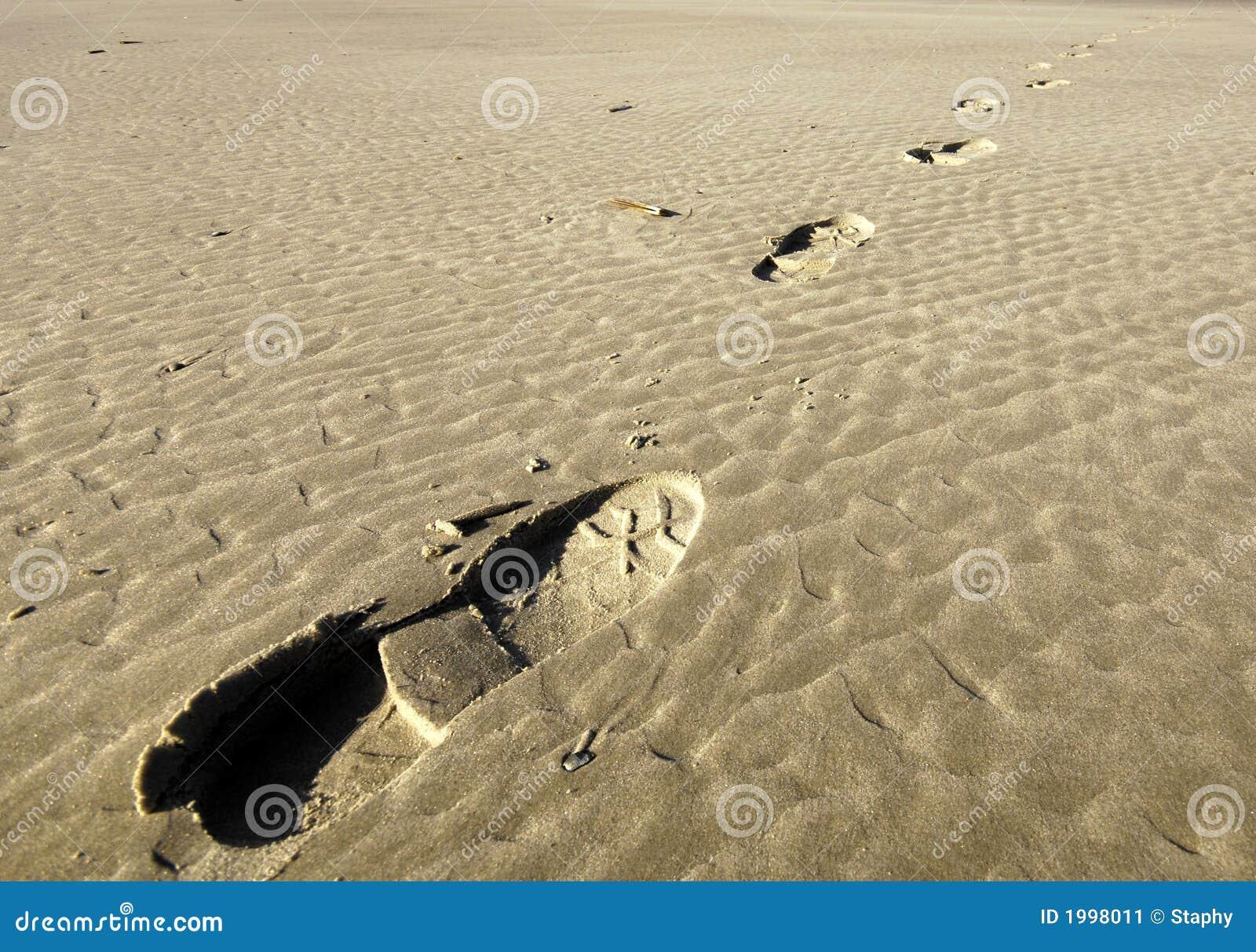 песок шагов