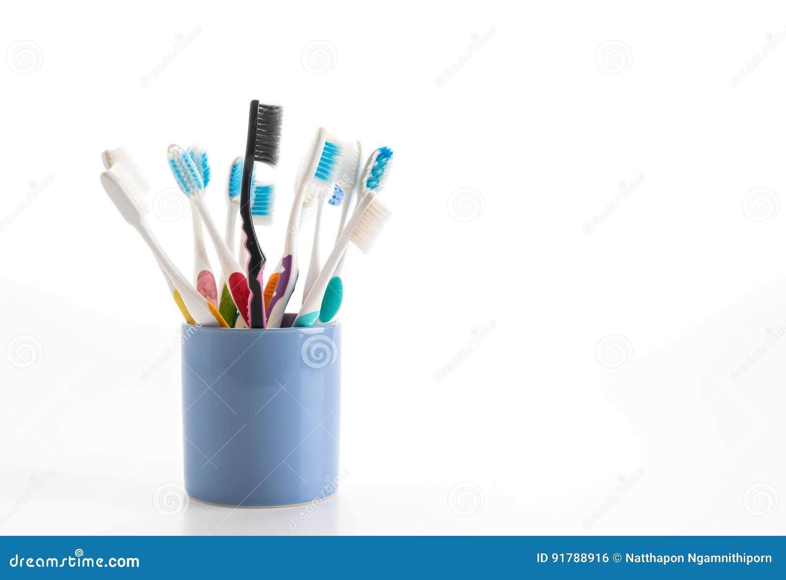 Пестротканые зубные щетки