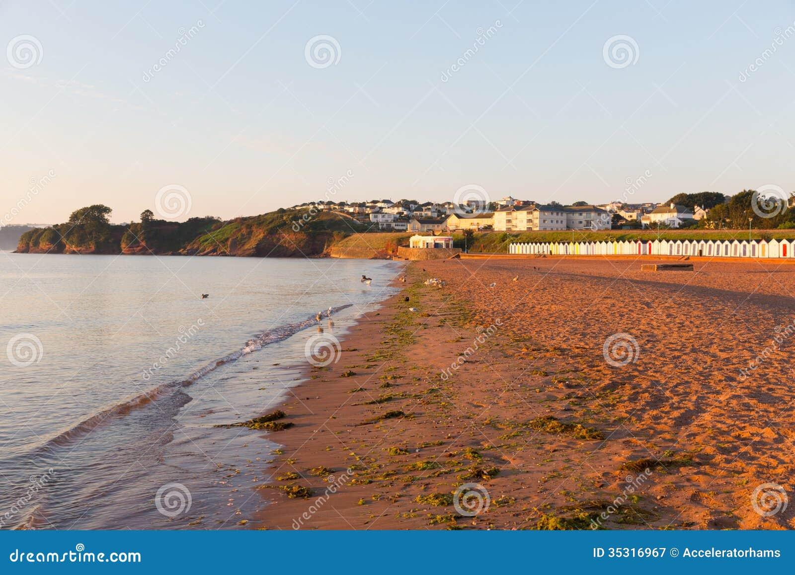 Песчаный пляж Goodrington Девона около Paignton