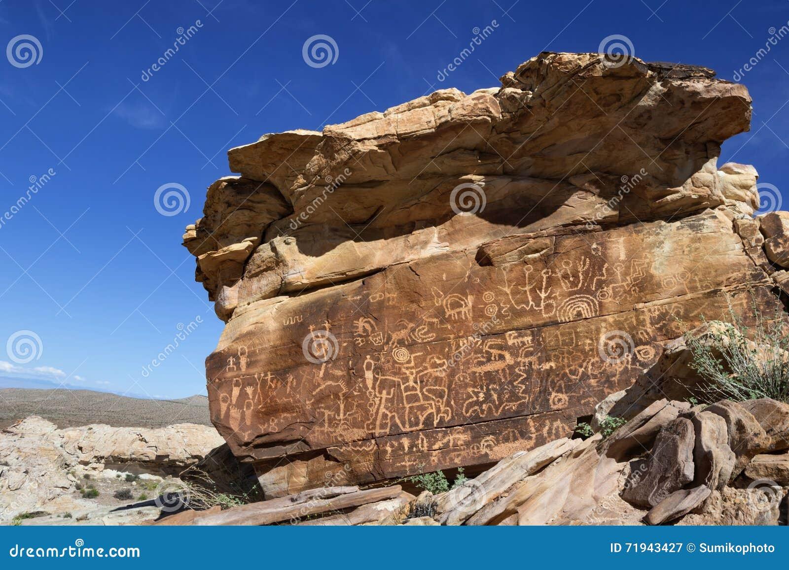Петроглифы Butte золота