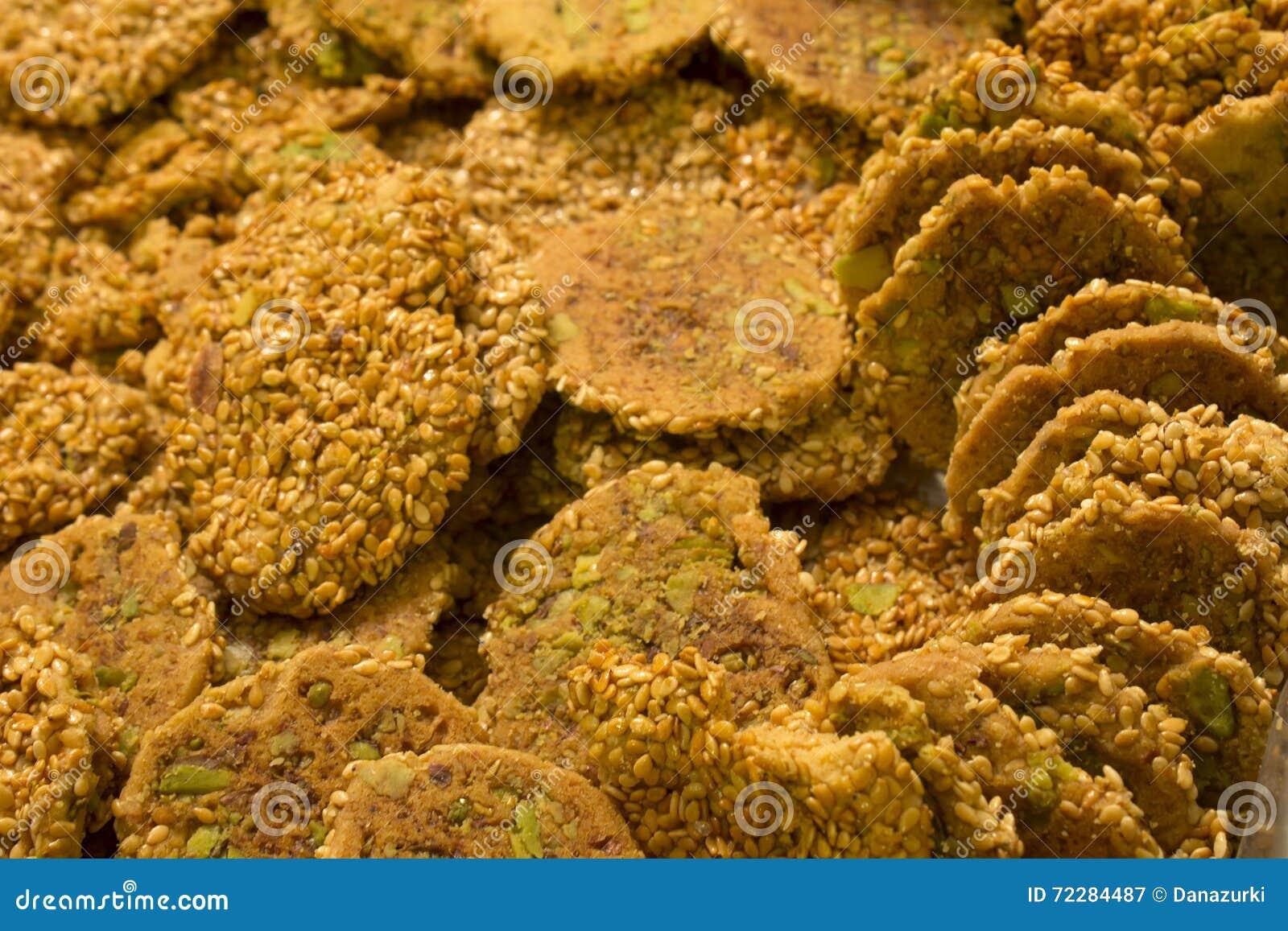 Download Печенья сезама вызвали Barazek Стоковое Изображение - изображение насчитывающей печенья, сезам: 72284487