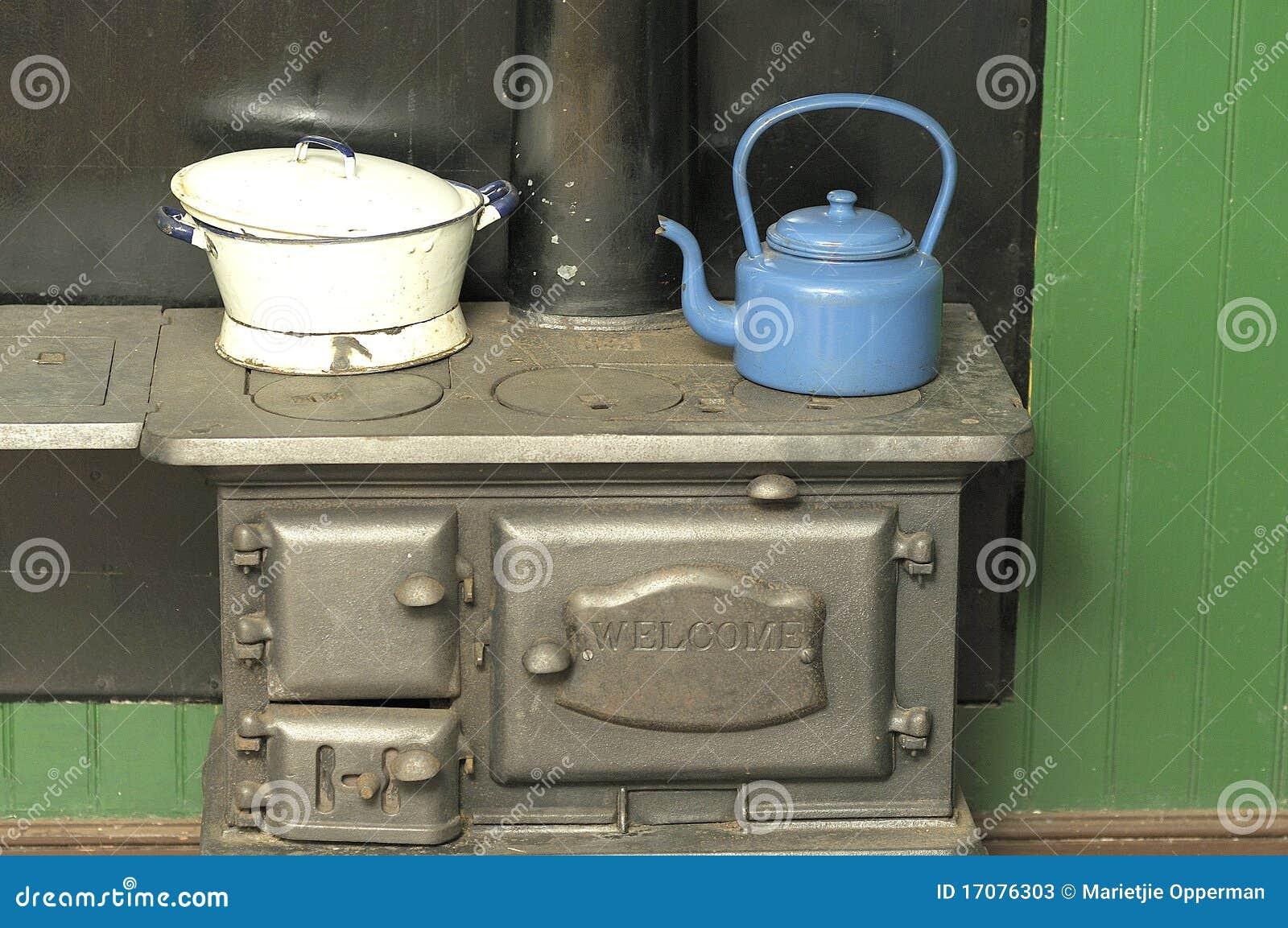 печка бака чайника угля