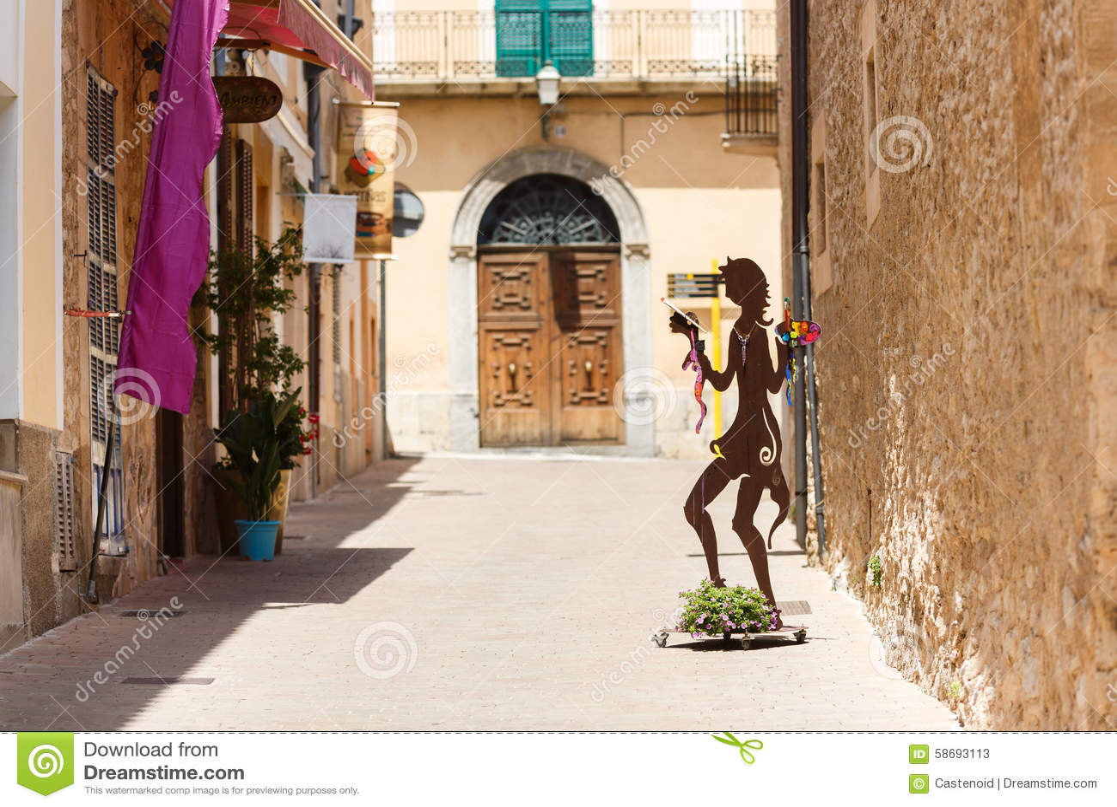 Пешеходная улица в Arta, Мальорке