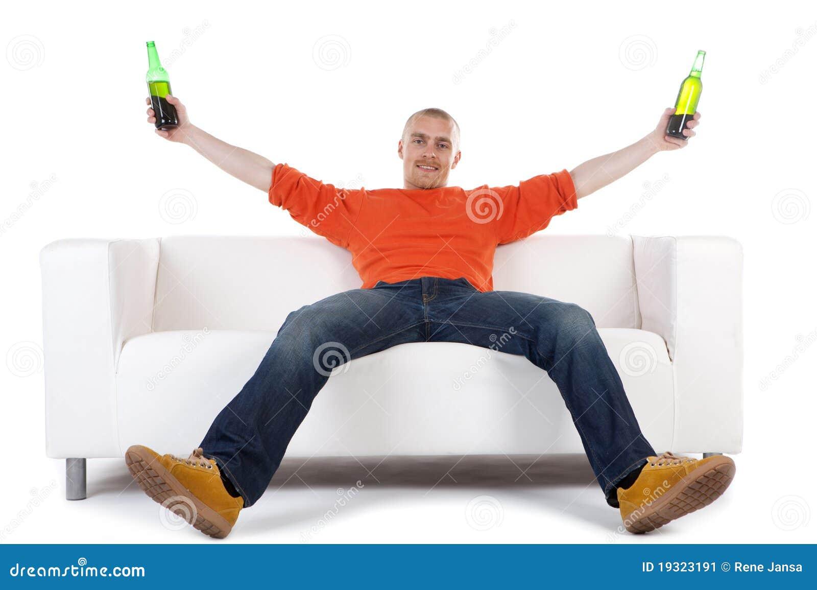 пиво празднуя человека