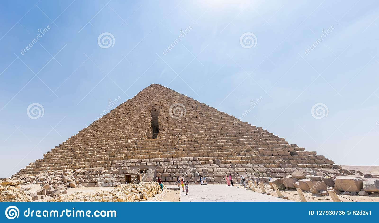 Пирамида Menkaure в Египте