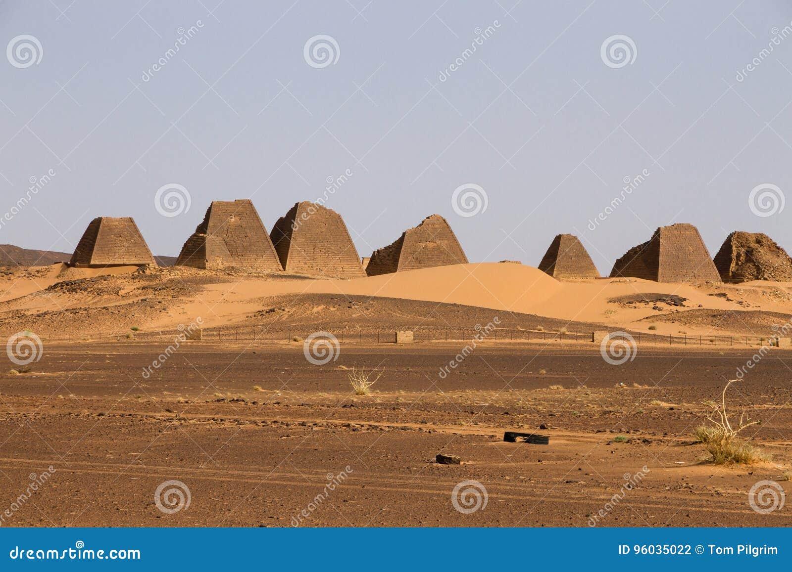 Пирамиды Meroe