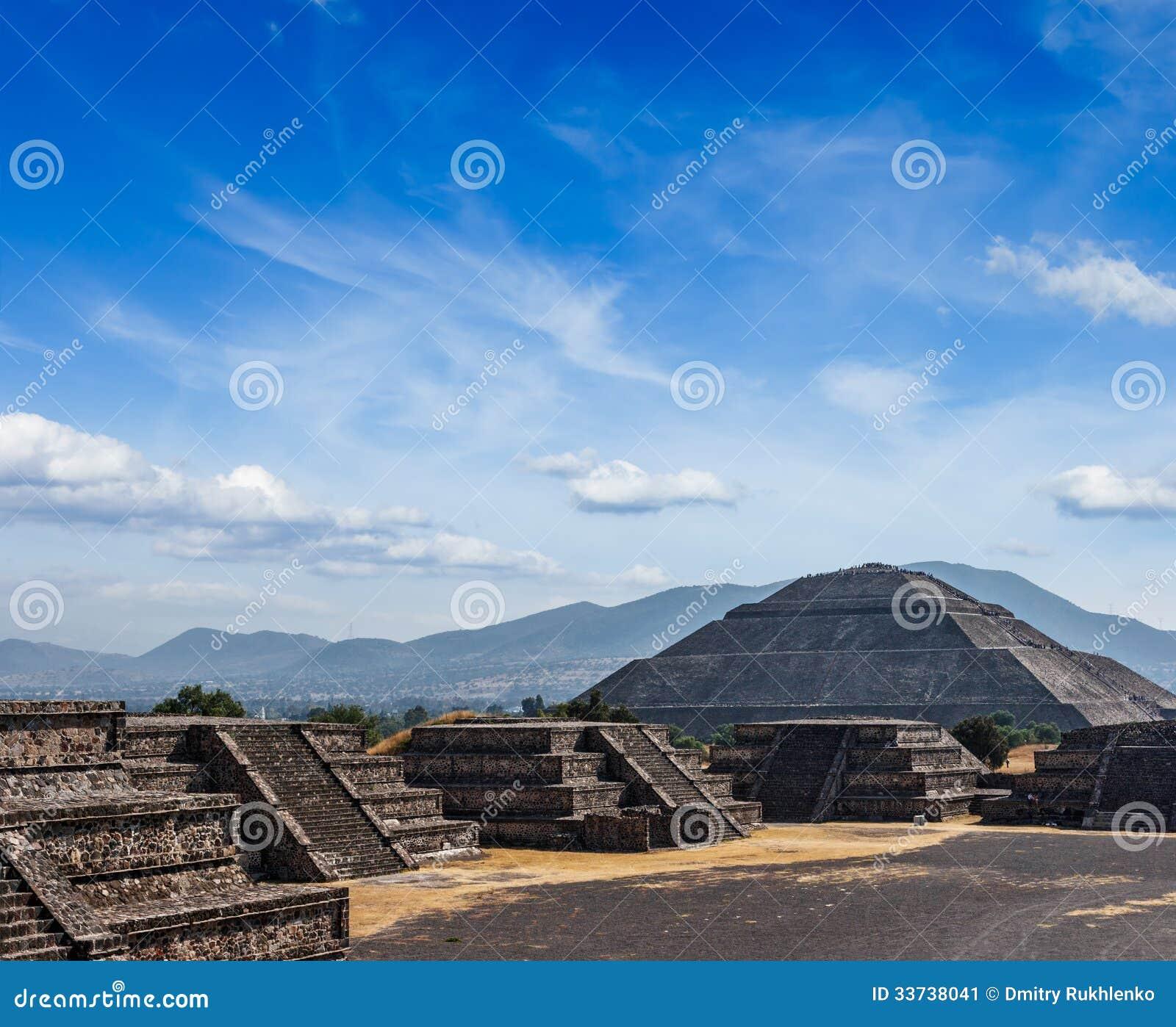 Пирамиды Teotihuacan