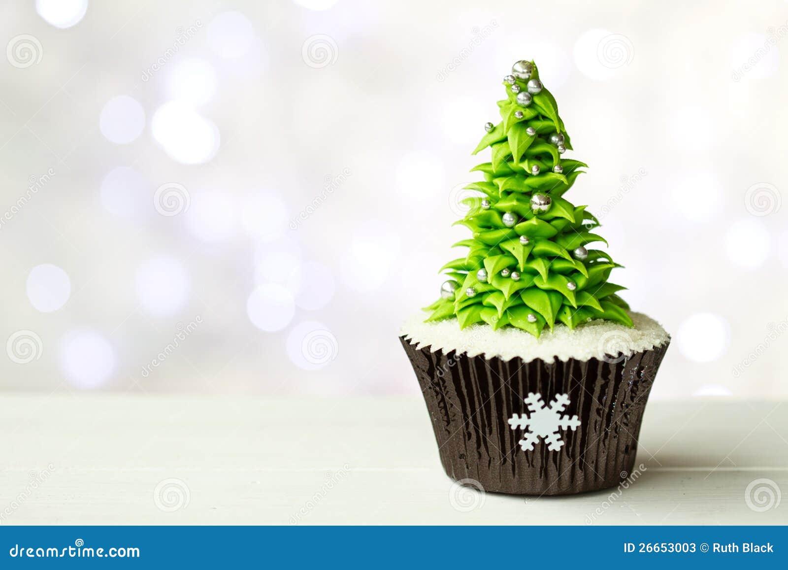 Пирожне рождественской елки