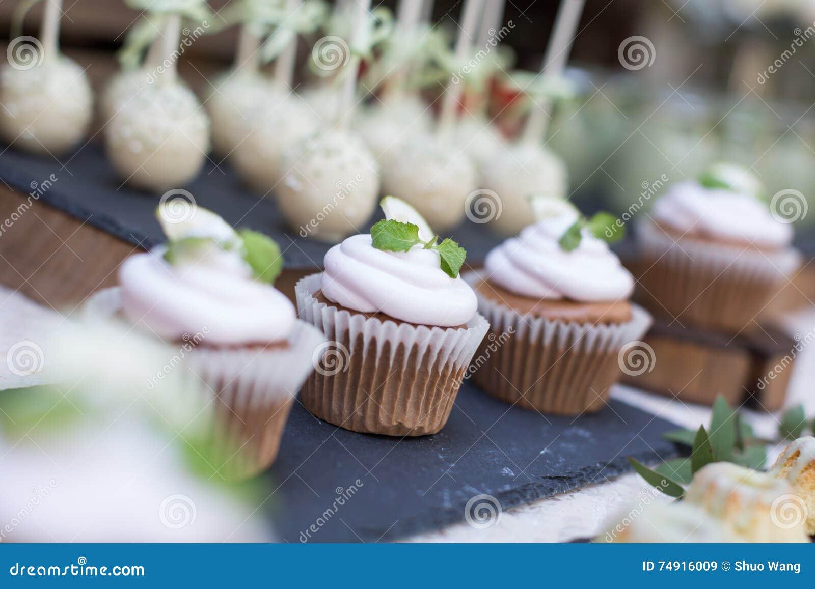 пирожня wedding