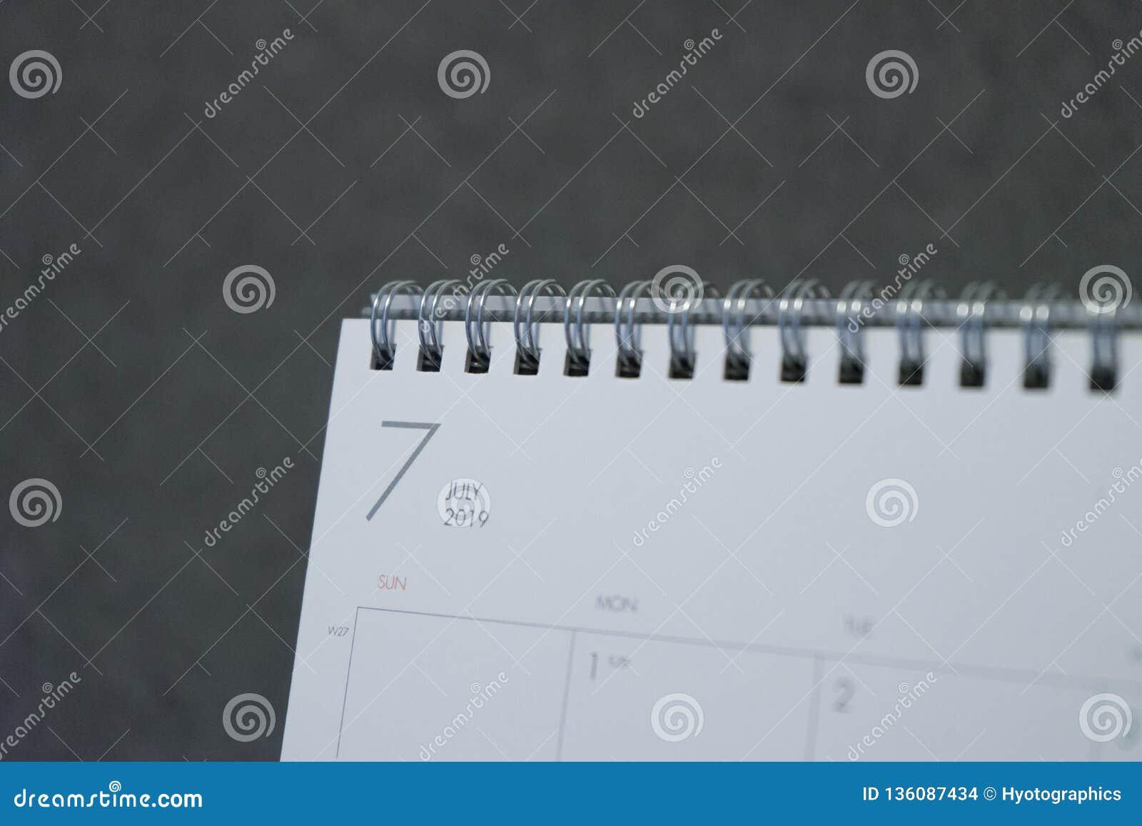 Письмо июль на календаре 2019