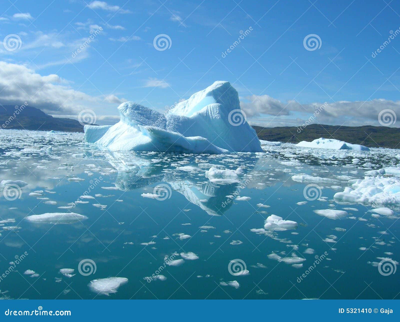 плавить айсберга Гренландии свободного полета