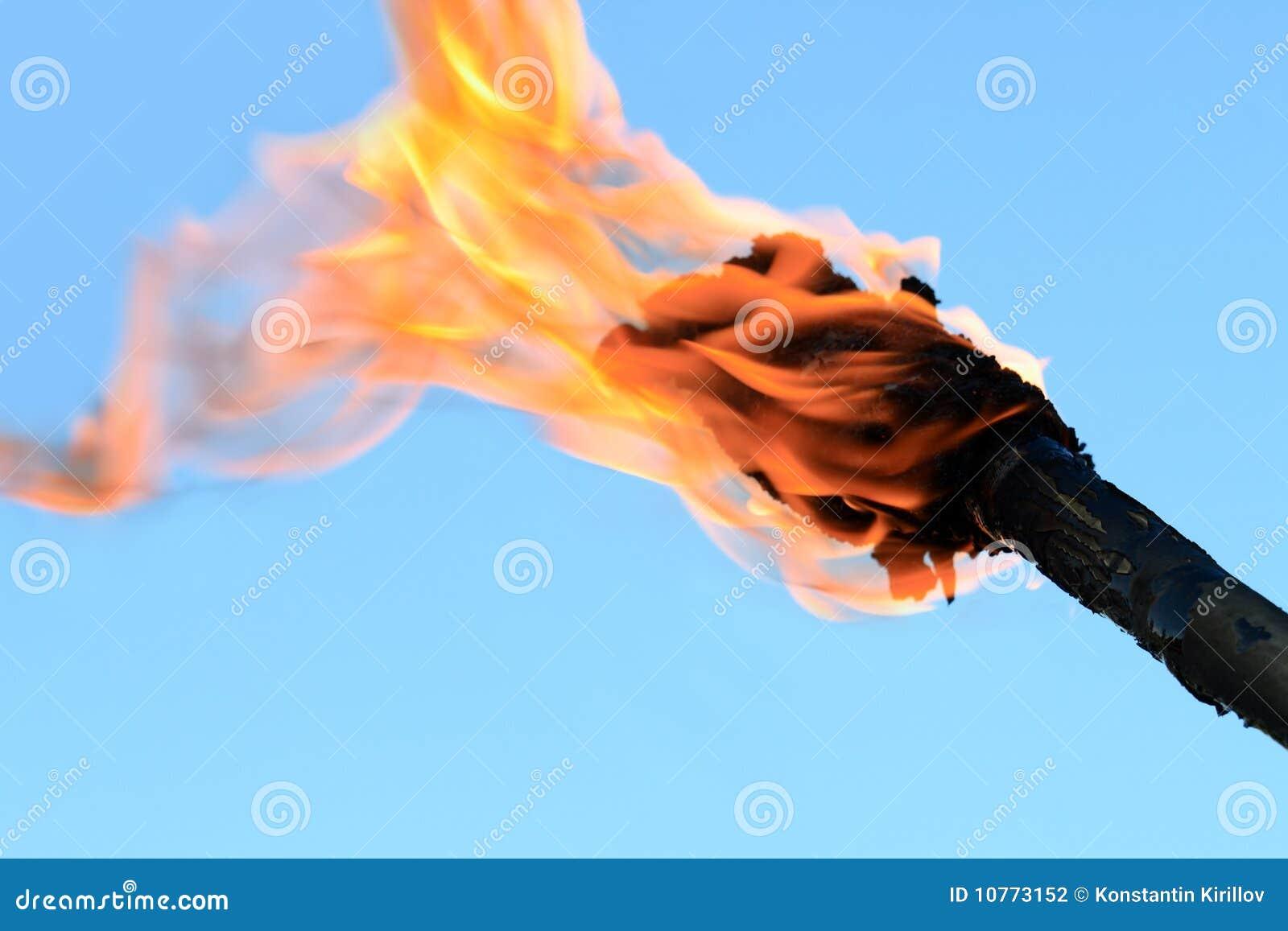 Как сделать чтобы красный факел не горит