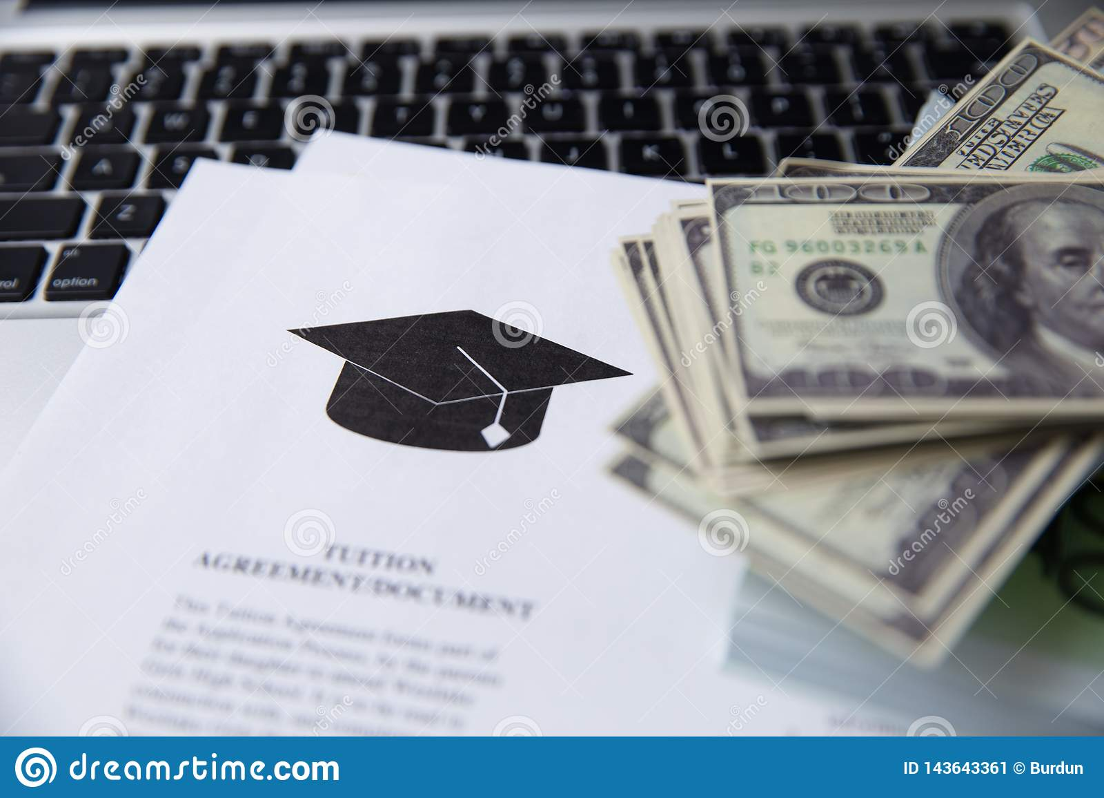где взять деньги студенту займ получить кредит без трудоустройства