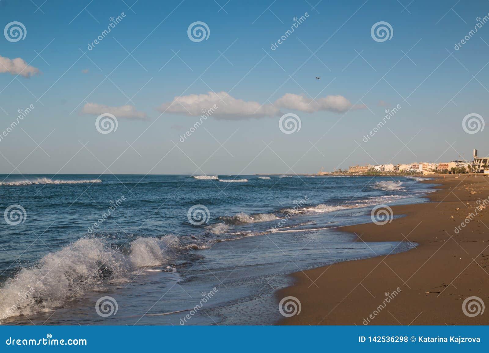 10 пляжей в области Ираклион - Все о Греции | 1156x1600
