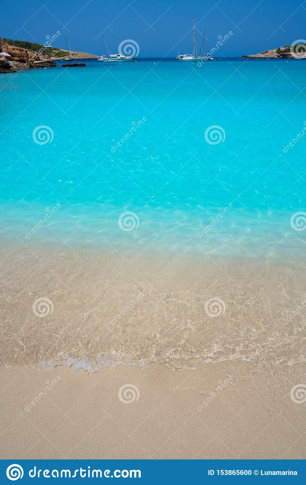 Пляж Ibiza Portinatx Arenal Петит в Balearics