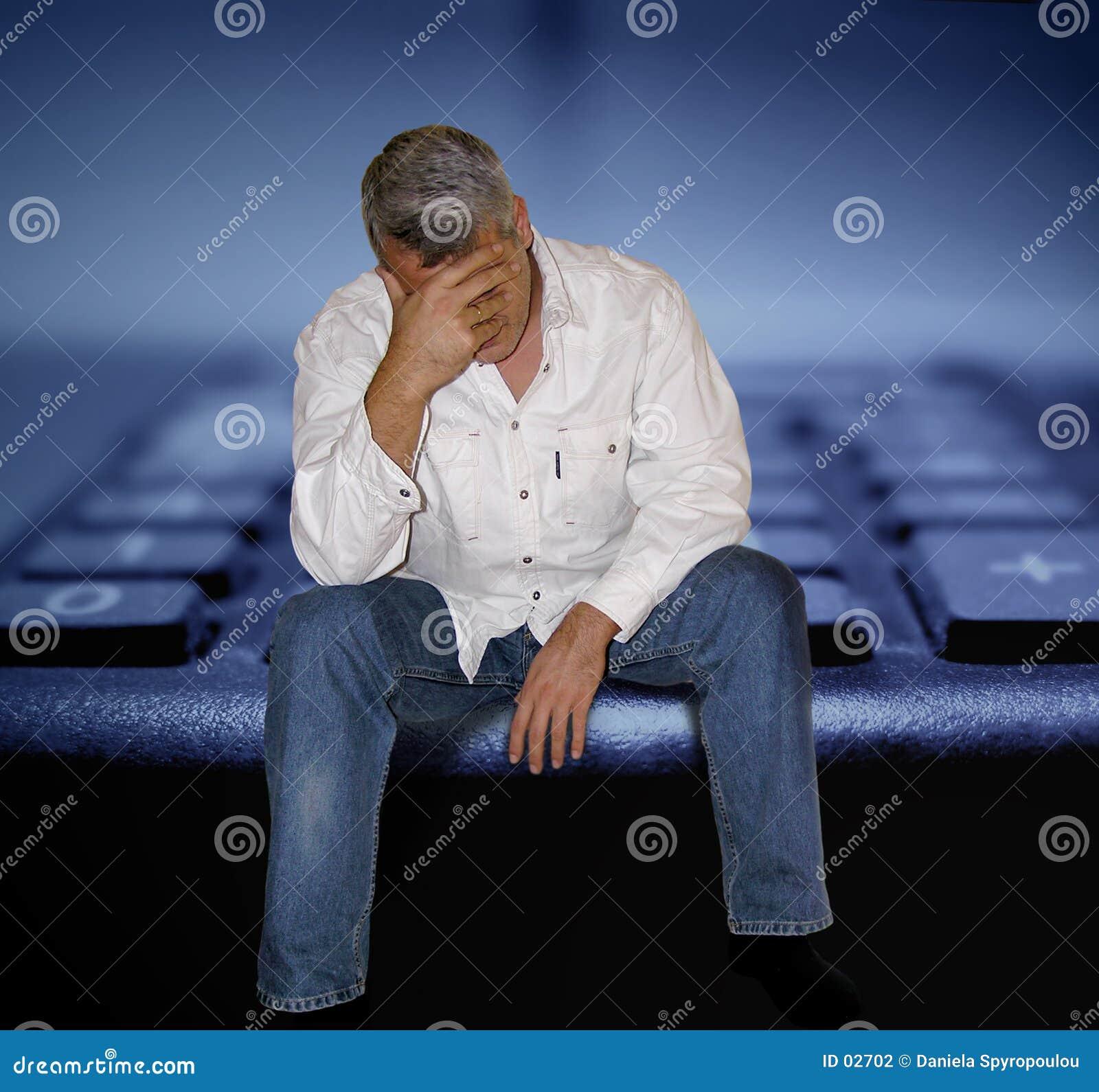 Download побеспокоенный человек стоковое фото. изображение насчитывающей экономия - 2702