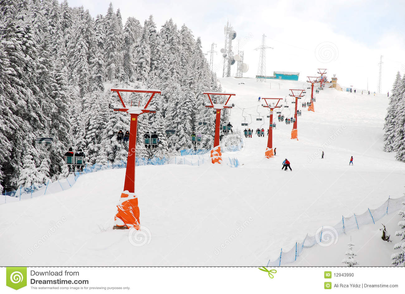 поднимите лыжу