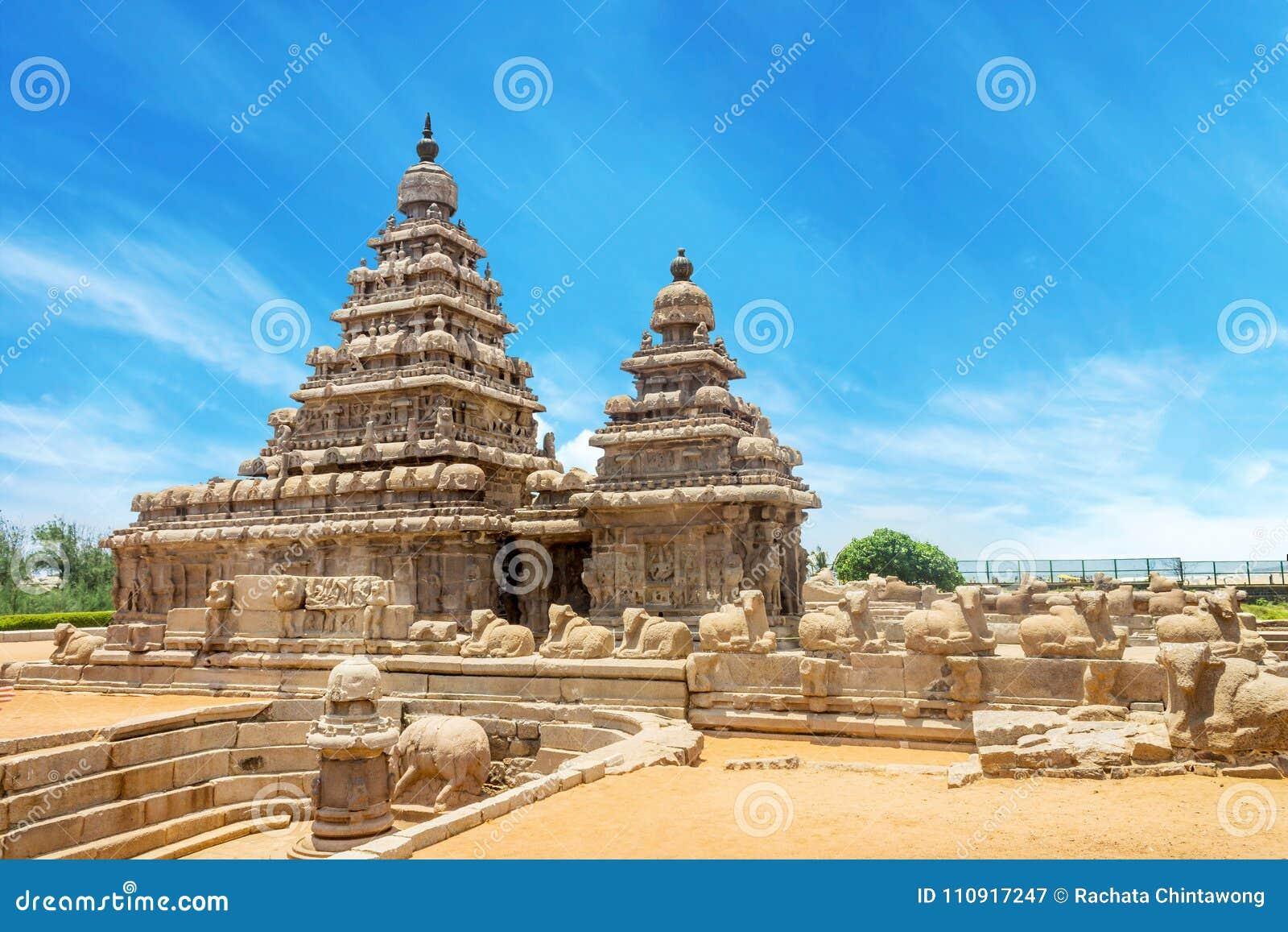 Подпирайте висок популярное туристское назначение и всемирное наследие ЮНЕСКО на Mahabalipuram, Tamil Nadu, Индии