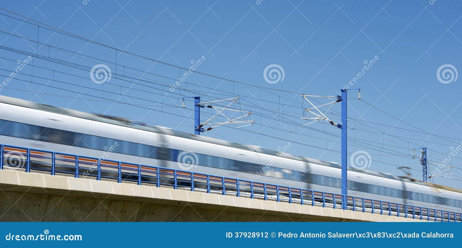 Поезд AVE