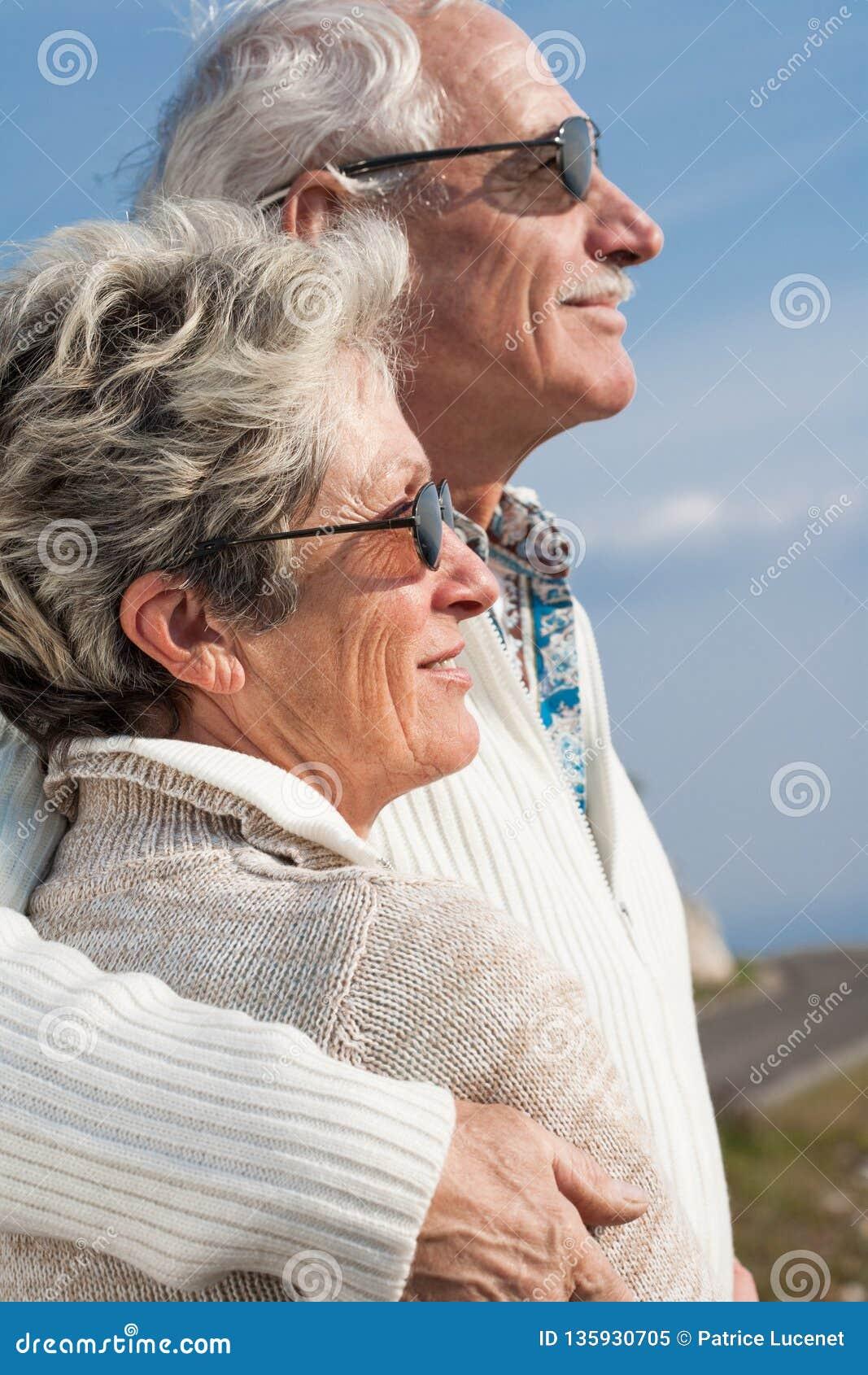 New York International Senior Singles Dating Online Site
