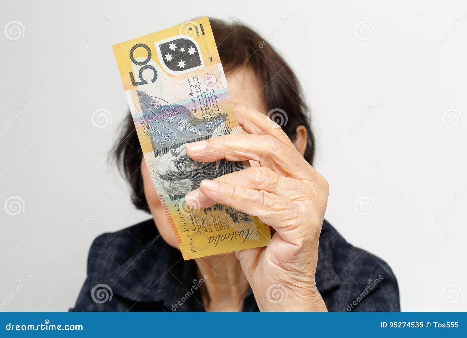 Пожилая женщина имеет мальчика фото 164-87