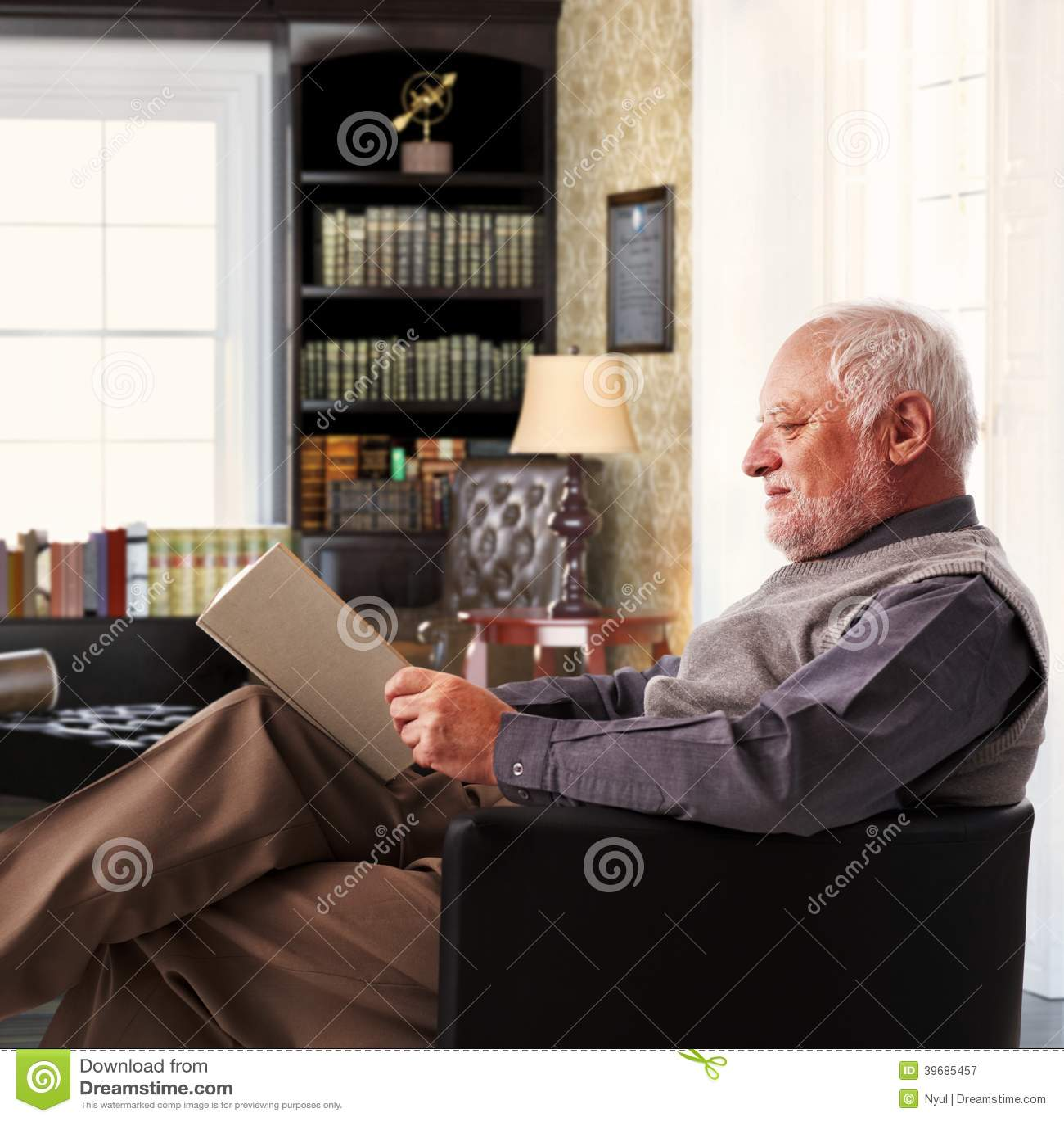 Книга на дом для пожилого человека частный пансионат для пожилых людей во владивостоке