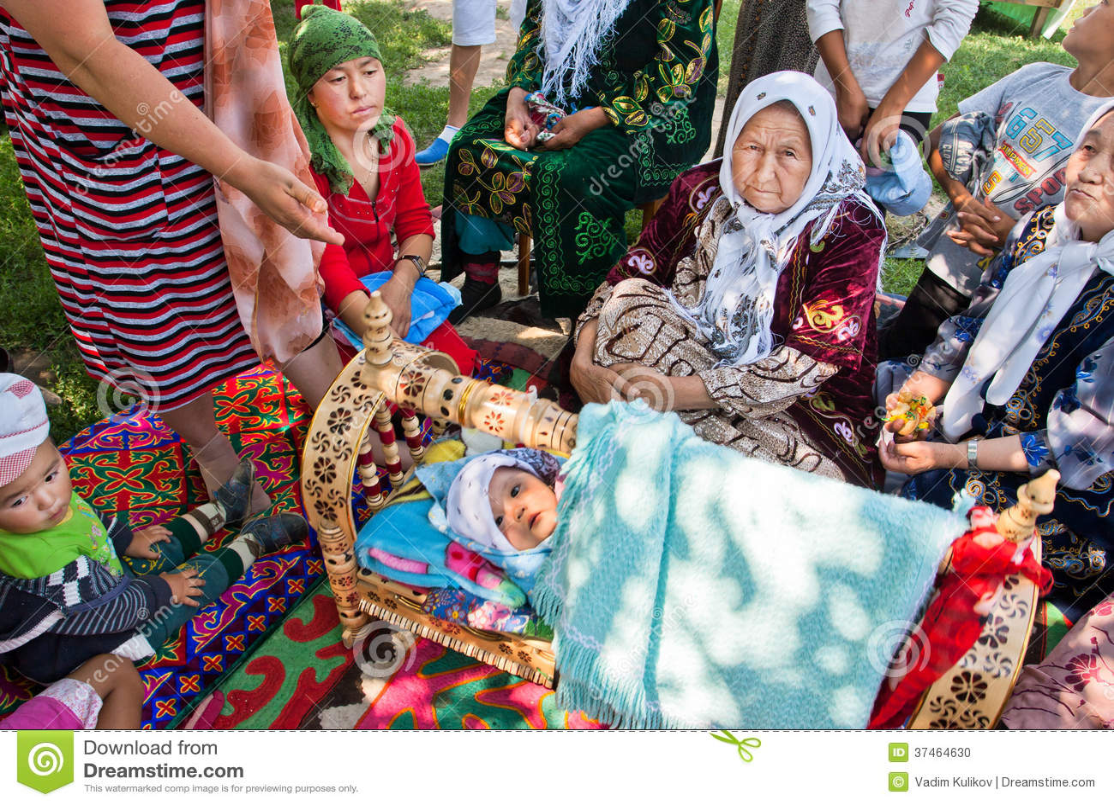 Пожилые в деревне