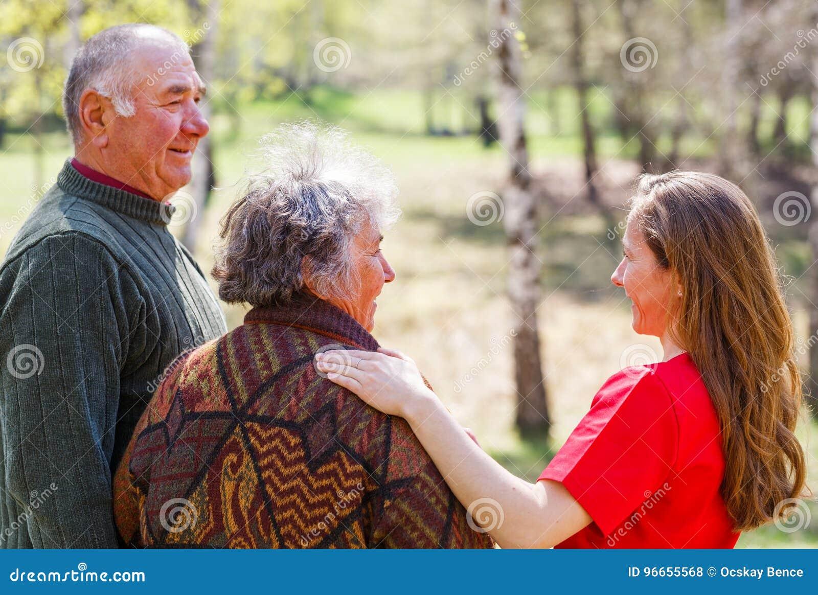 пожилая и молодые видео хентай смотреть